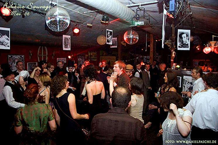 bilder aus den berliner clubs clubs open airs partys in berlin. Black Bedroom Furniture Sets. Home Design Ideas