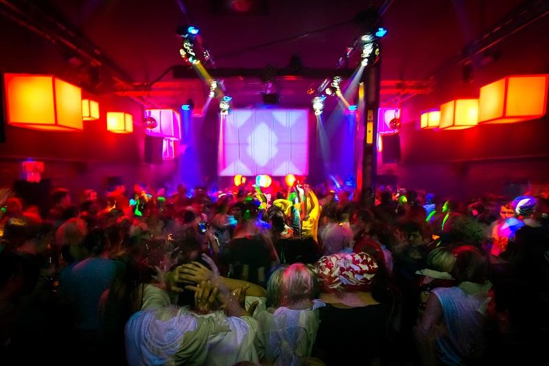 suicide-circus-club-berlin