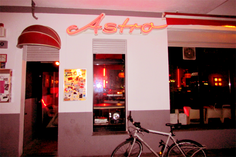 Astro-bar-berlin-friedrichshain-by-the-clubmap