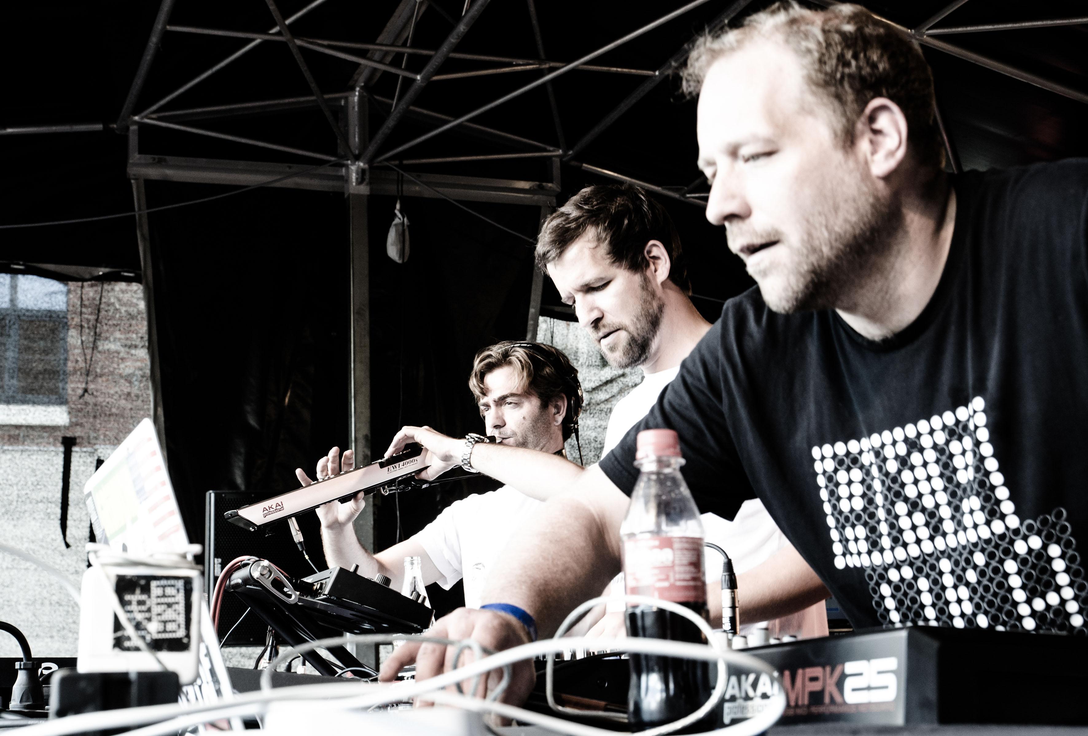 AKA AKA feat. Thalstroem by Michael Lange 01_m