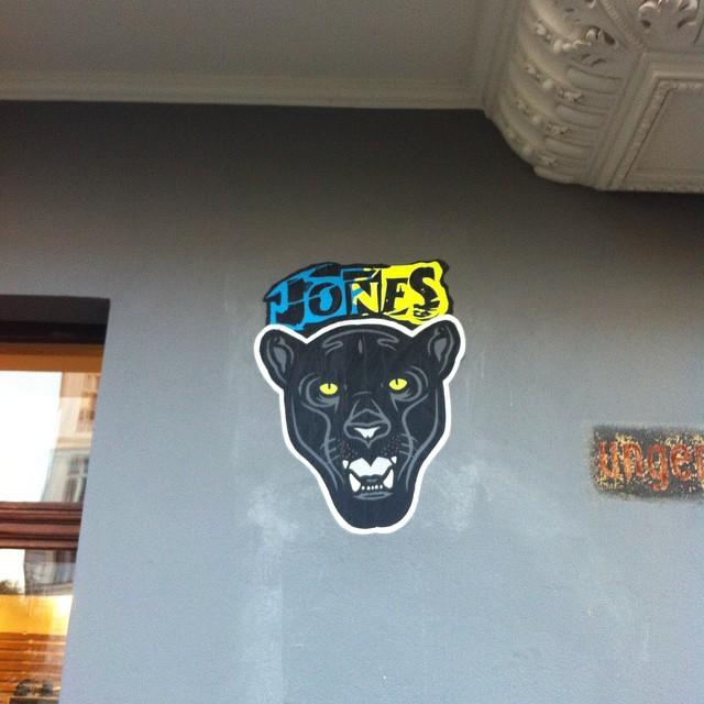 Jones-Streetart