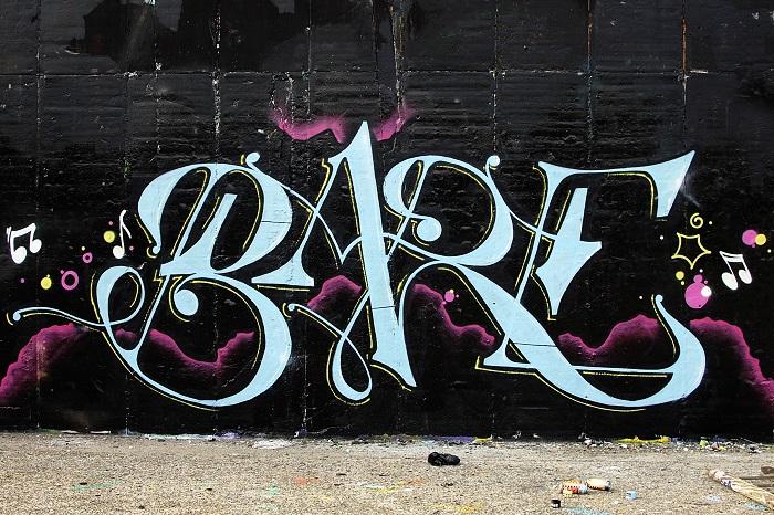 Bare - Street Art-3