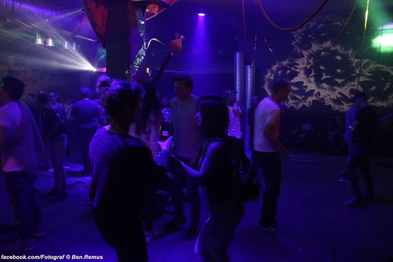 weisser-hase-club-berlin-2