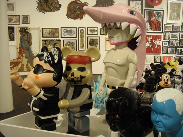 Art_and_Toys_Collectors_RoomDSCI2425