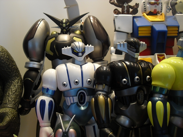 Art_and_Toys_Collectors_RoomDSCI2439