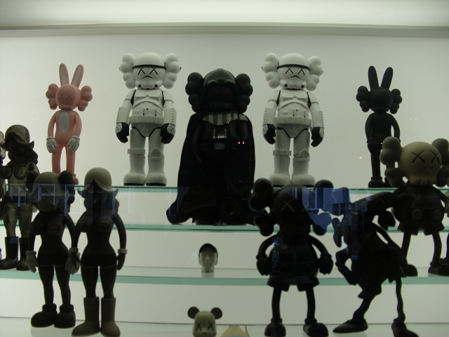 Art_and_Toys_Collectors_RoomDSCI2453