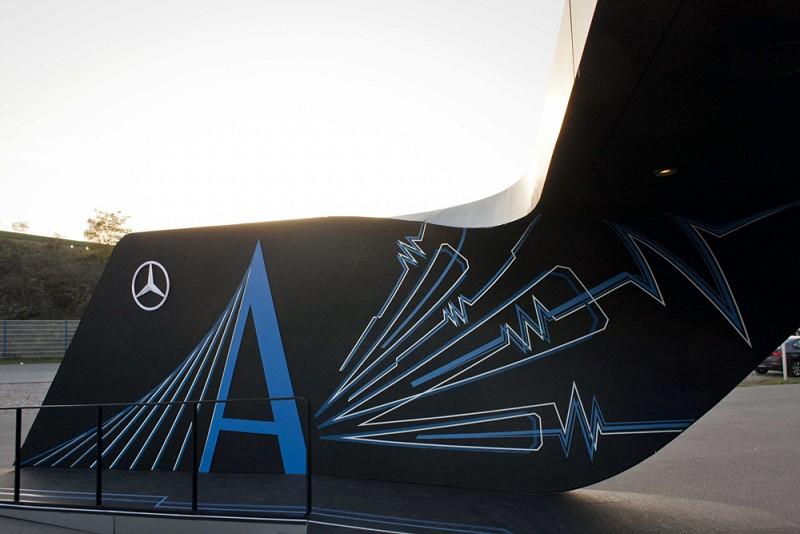 TAPE-ART-by-TAPE-OVER_Mercedes_DTM-finale_pavillion-design