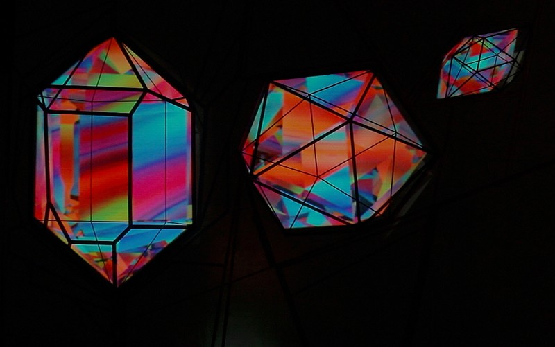 TAPE-ART-by-TAPE-OVER_magical-crystal_tape-mapping_beirut_colored