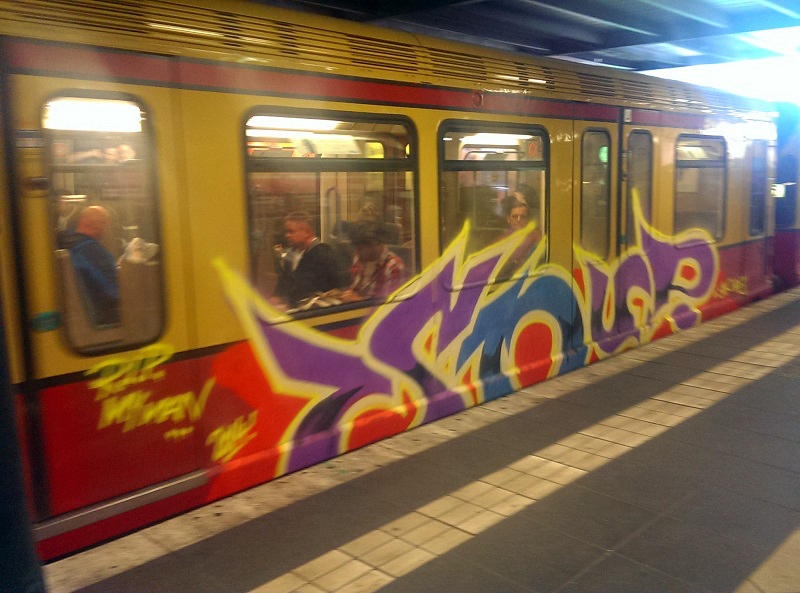 bvg-graffiti-berlin-13