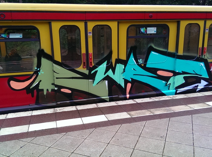 bvg-graffiti-berlin-17