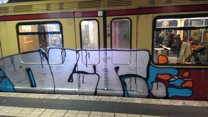 bvg-graffiti-berlin-24