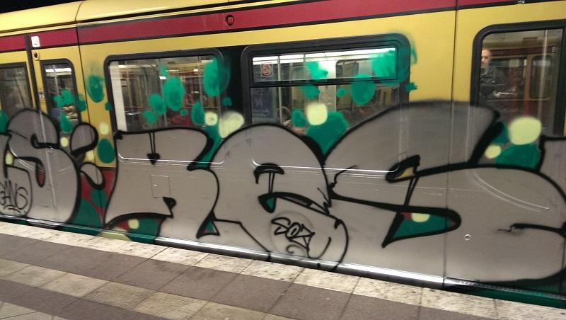bvg-graffiti-berlin-43