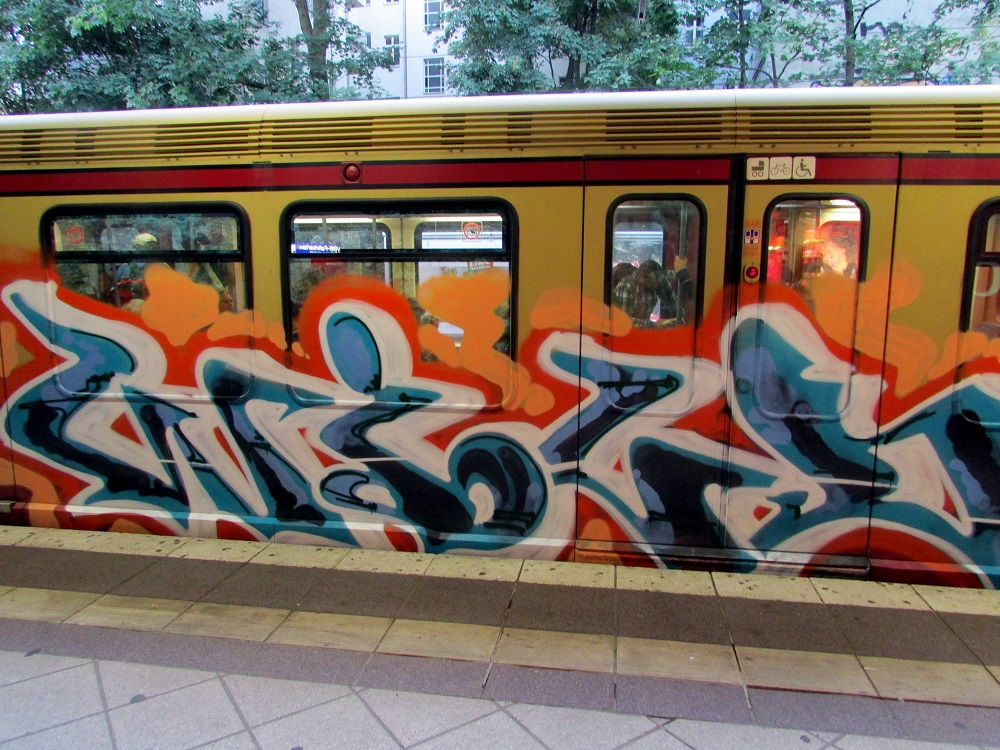 bvg-graffiti-berlin-47