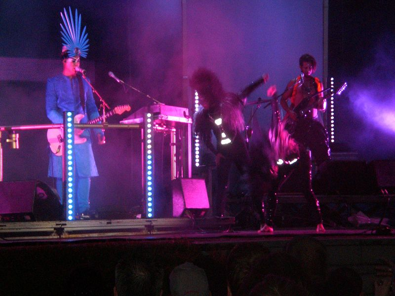 empire-of-the-sun-konzert-9