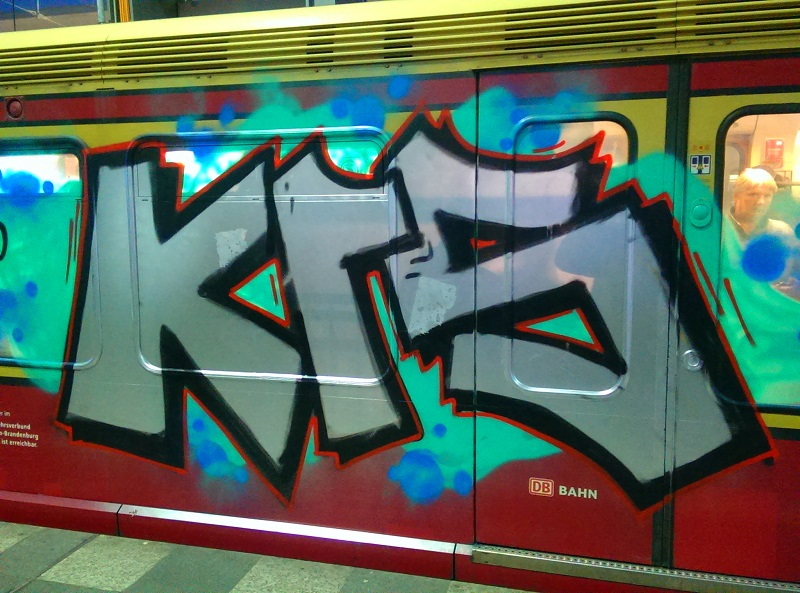 s-bhan-graffiti-berlin-4455
