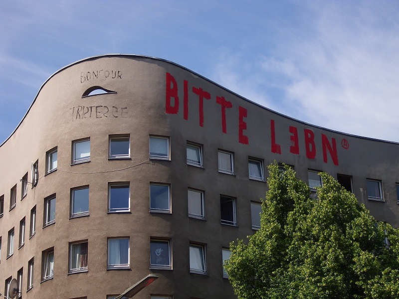 Berlin kreuzberg bitte leben