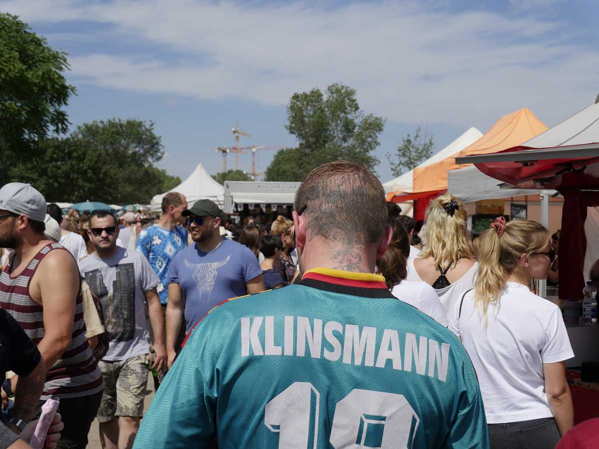 mauerpark flohmarkt berlin