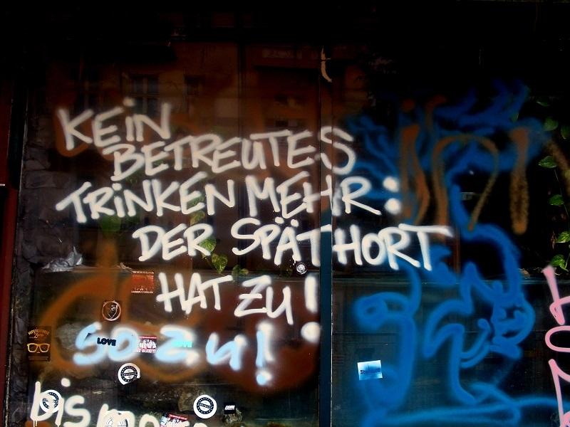 bumerang-graffiti-stubbenkammer-strasse