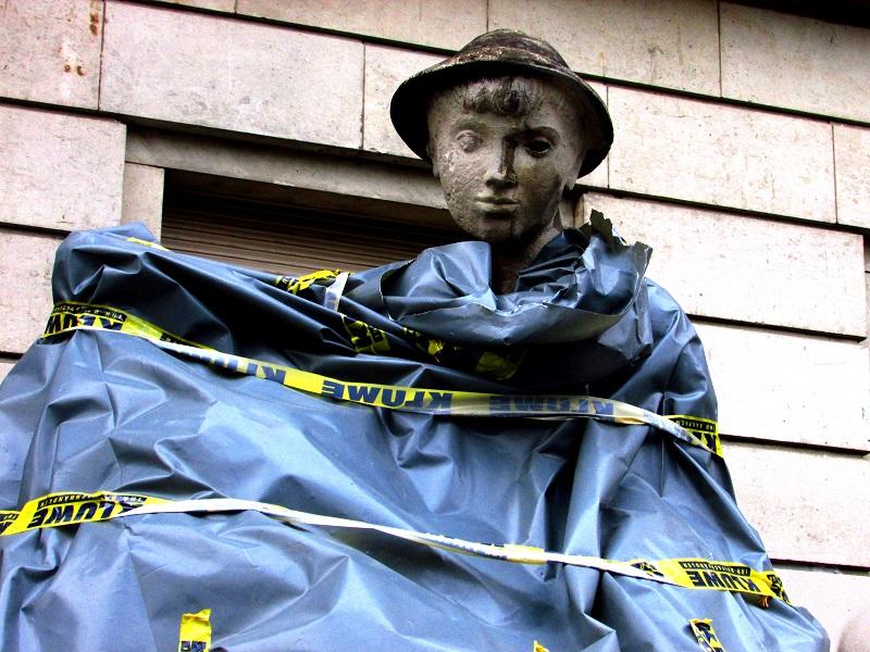 statue-karl-marx-strasse-small