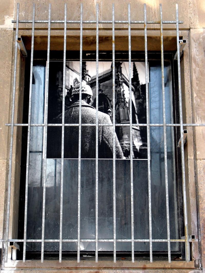 street-art-berlin-paper-cut-1