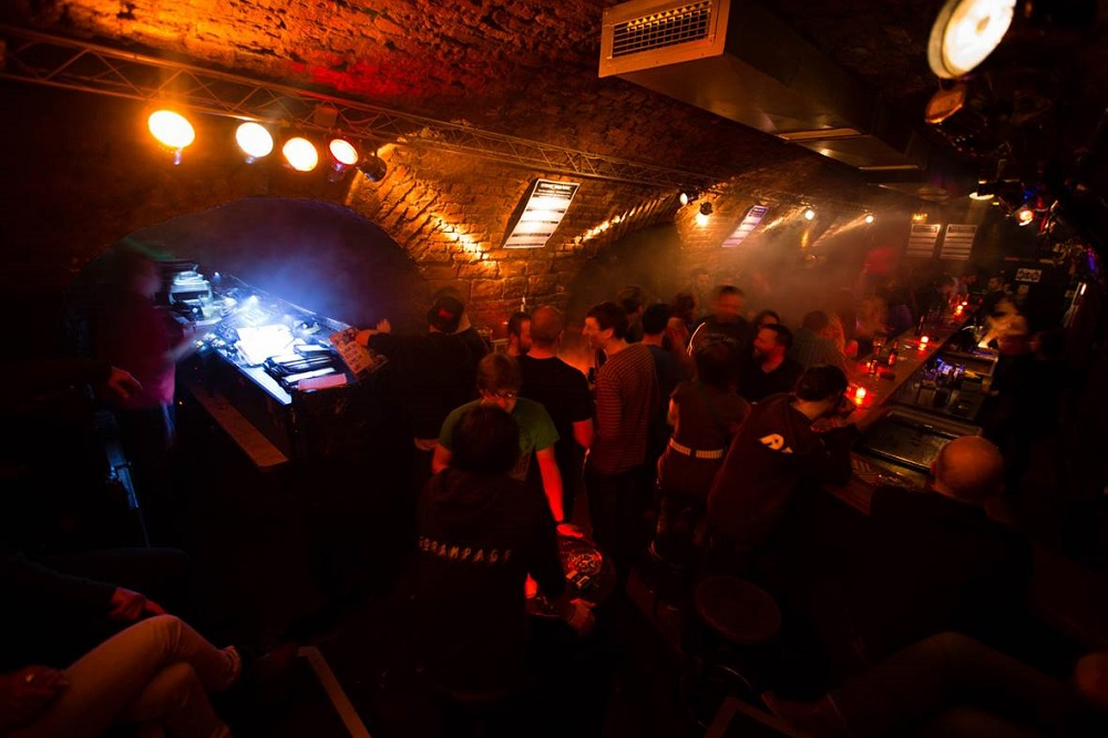 the-cave-club-frankfurt