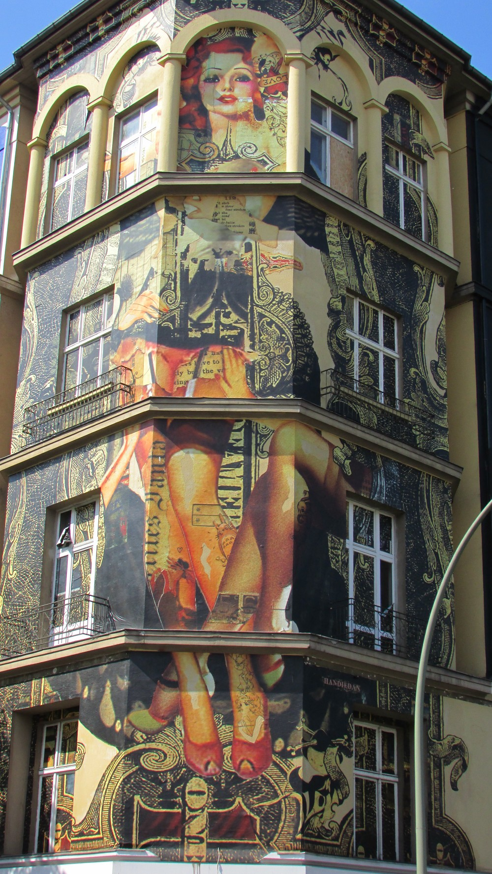 street-art-museum-berlin5