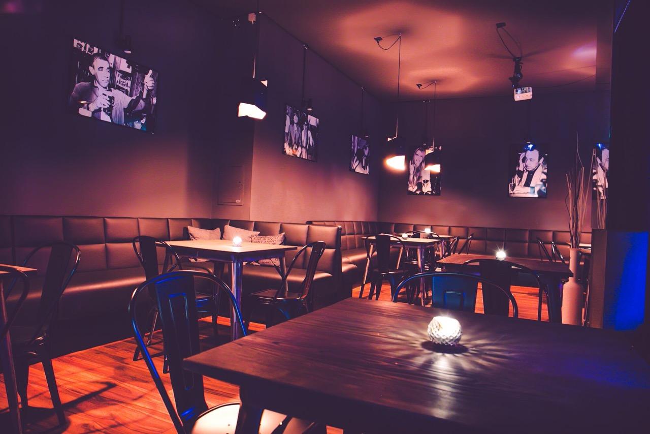 Sharlie-Cheen-Bar-2