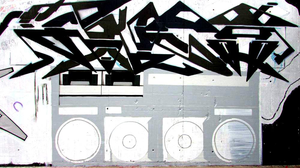 graffiti-berlin-stralauer-allee-4
