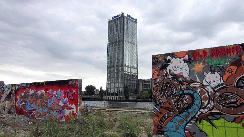 graffiti-berlin-stralauer-allee-8